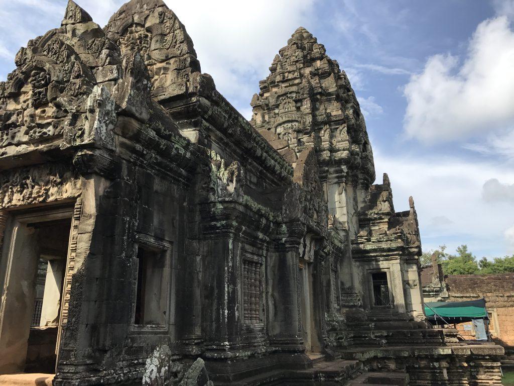 バンテアイサムレ寺院