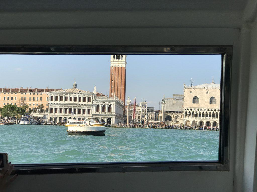 ベネチア サンマルコ広場までの水上バス