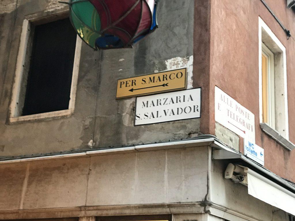 ベネチア案内板
