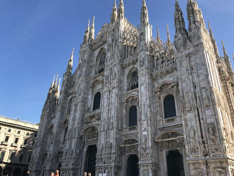 初めてのミラノ、その治安は?ドゥオーモやスフォルツェスコ城へ!