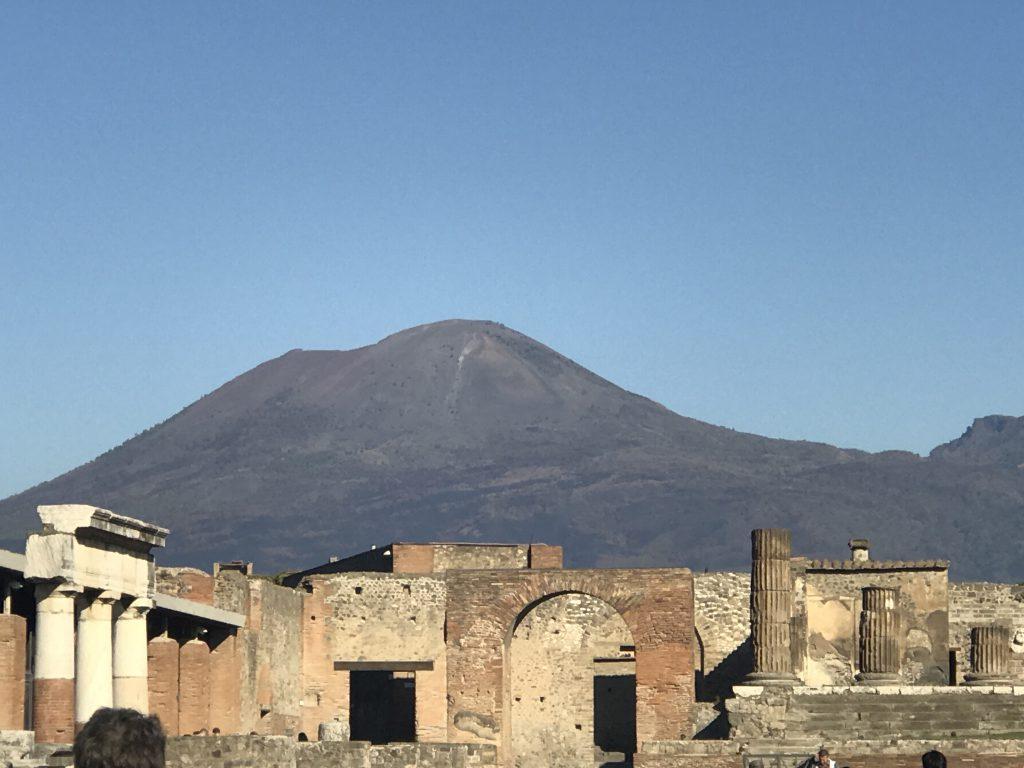 ポンペイ遺跡 ヴェスビオ火山