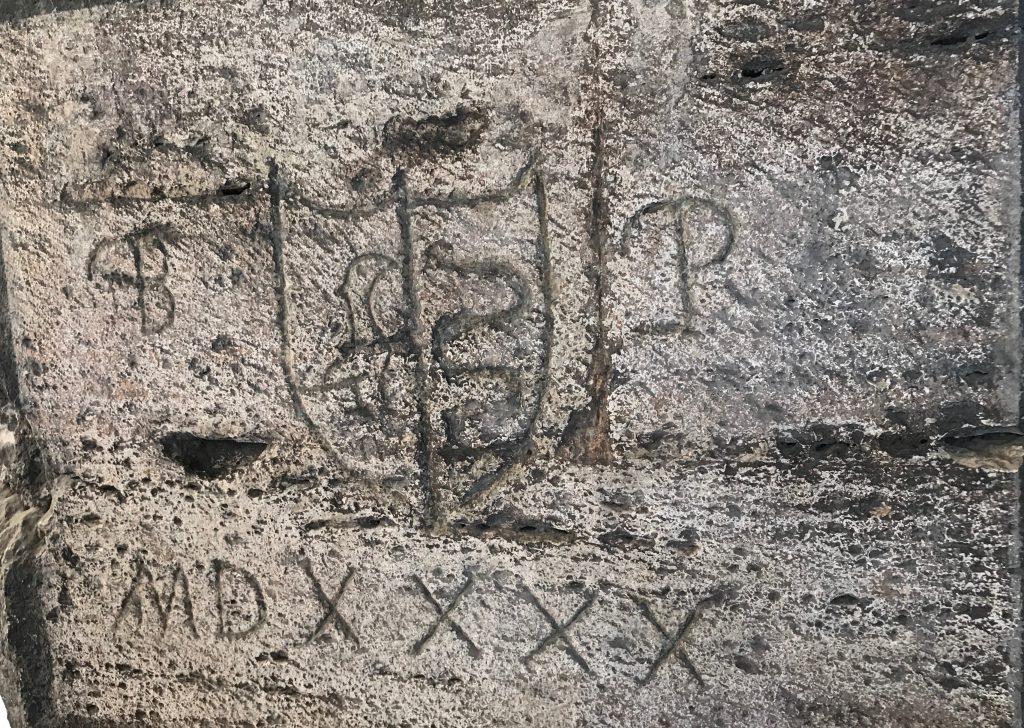 コロッセオ 落書き