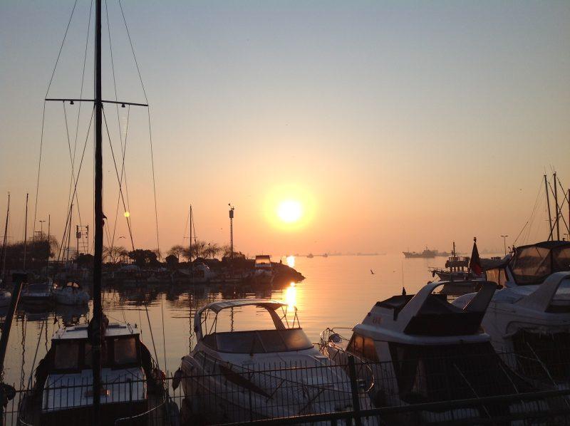 トルコは東西の交差点!ボスポラス海峡とダーダネルス海峡の景観