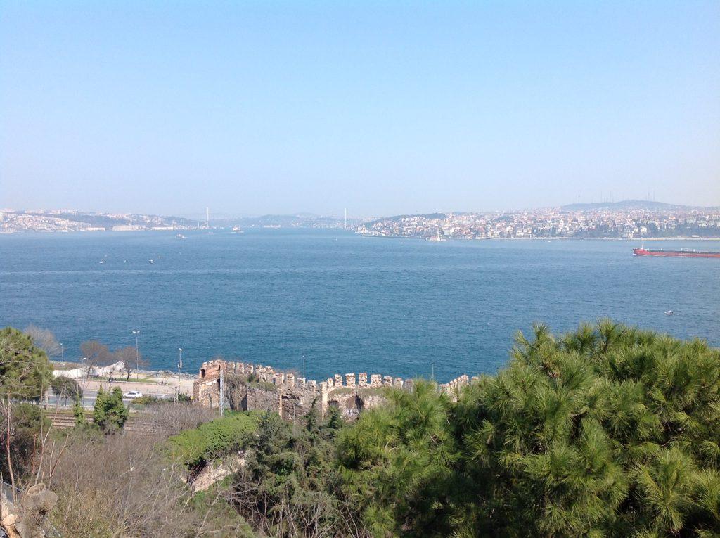 トプカプ宮殿ボスポラス海峡