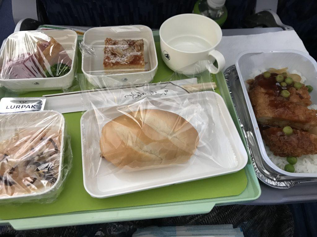 ウズベキスタン航空機内食