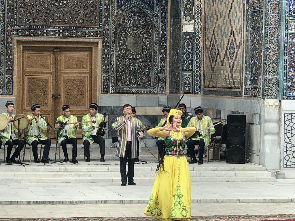 ウズベキスタン歓迎セレモニー