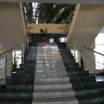ホレズムパレス 階段