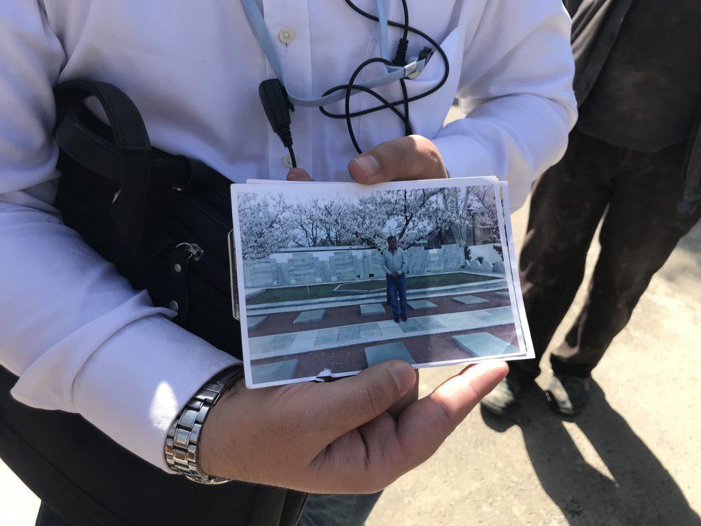 タシケント抑留日本人墓地の桜