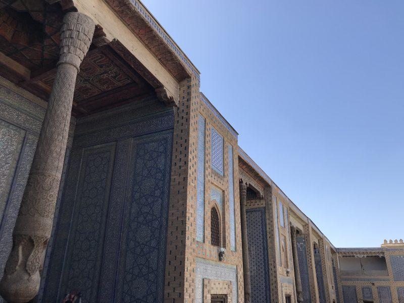 世界遺産ヒヴァのタシュ・ハウリ宮殿を観光!石の庭?新しい宮殿?