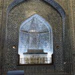 世界遺産ヒヴァで一番美しいタイルを持つパフラヴァン・マフムド廟へ