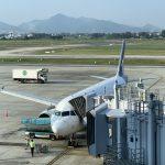 ハノイ乗り継ぎでラオス首都ビエンチャンにあるワットタイ国際空港へ