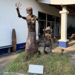 ビエンチャンのコープビジターセンターでラオス不発弾問題に触れる
