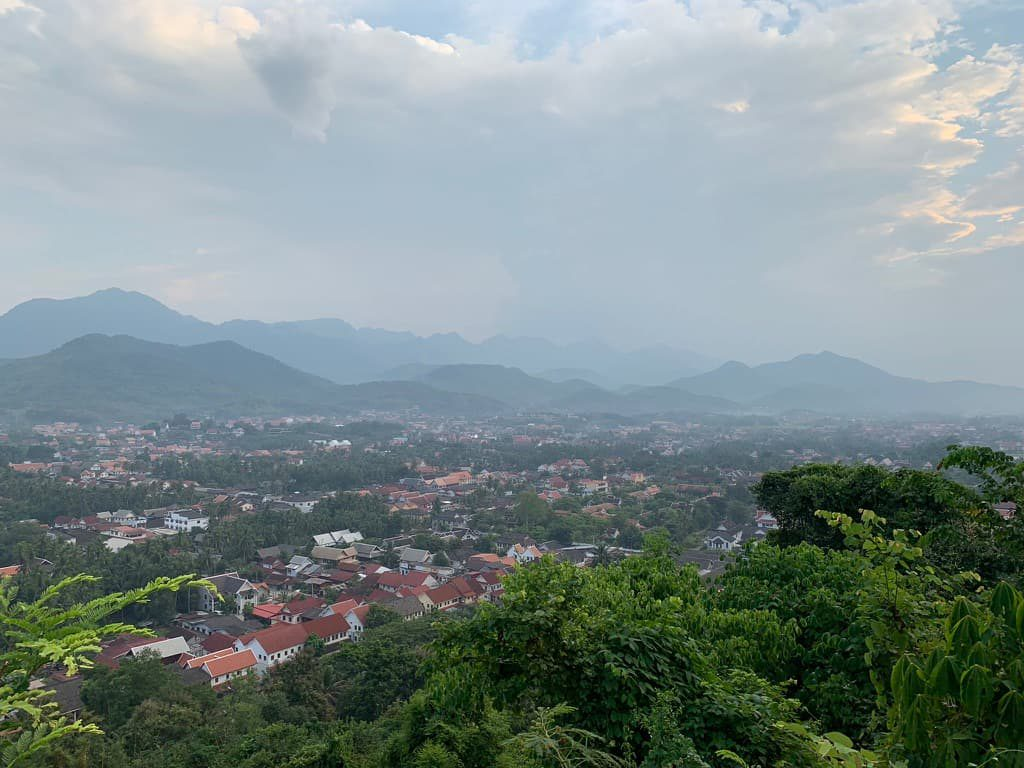 プーシーの丘頂上からの眺望