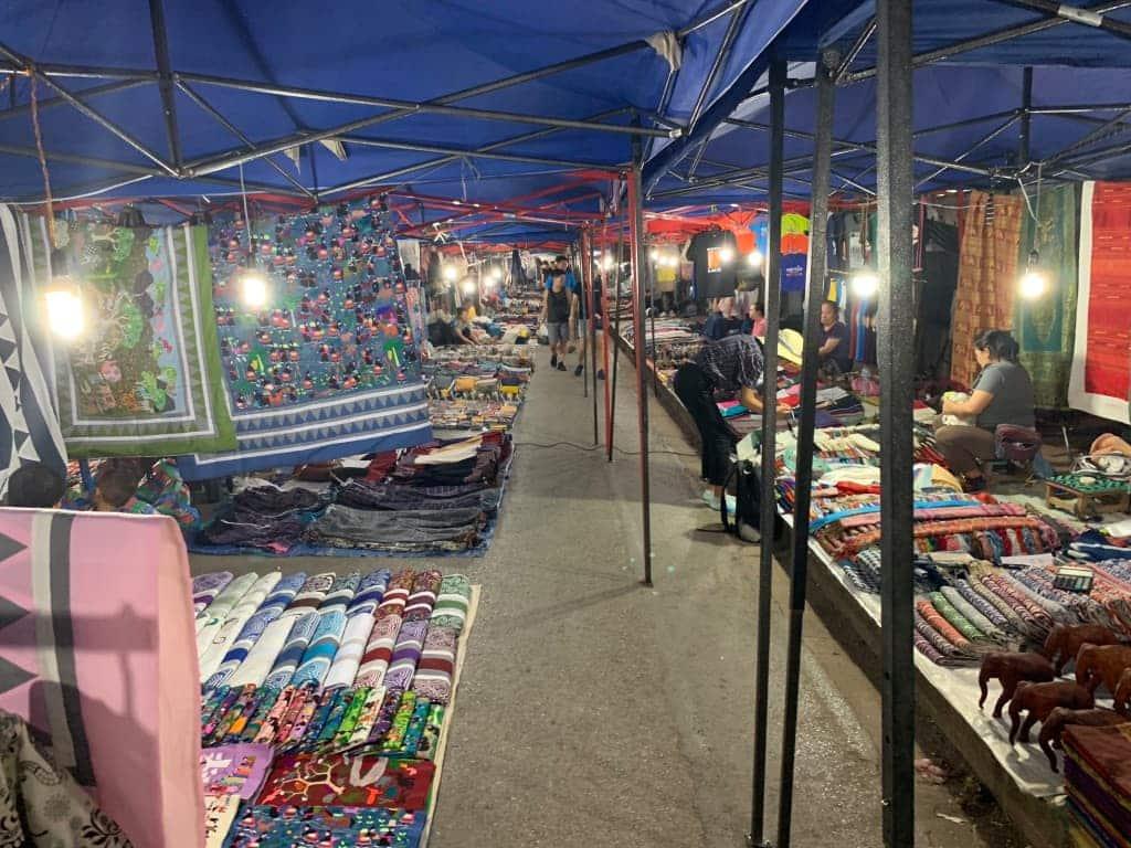 ルアンパバーン ラオス ナイトマーケット