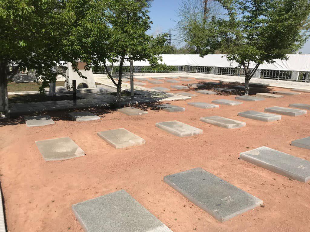 タシケント日本人墓地