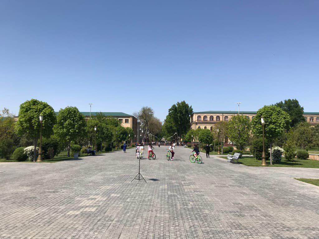 タシケント ティムール広場