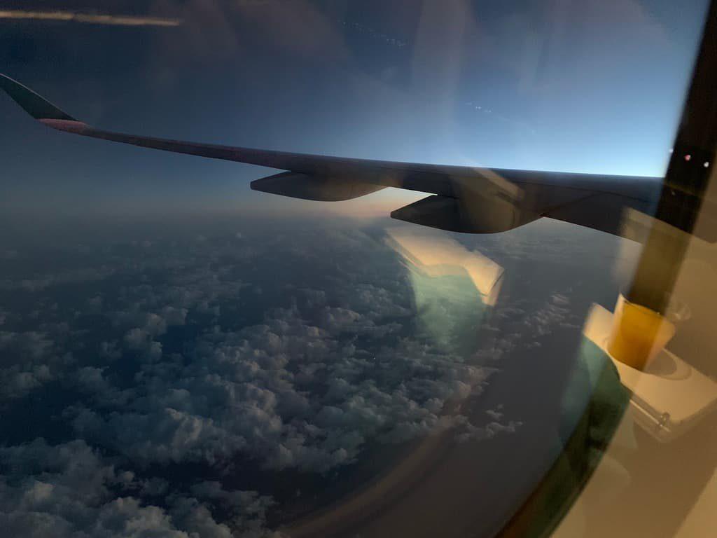 飛行機 窓側 席