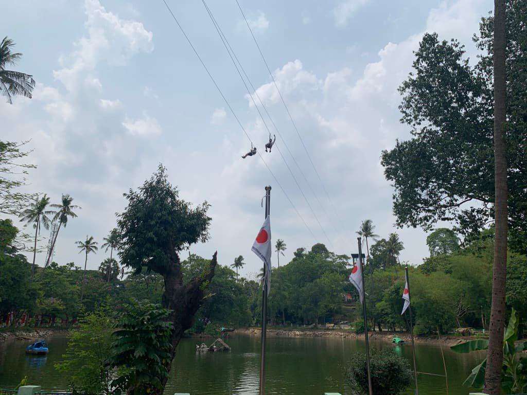 ヤンゴン動物園 ジップライン
