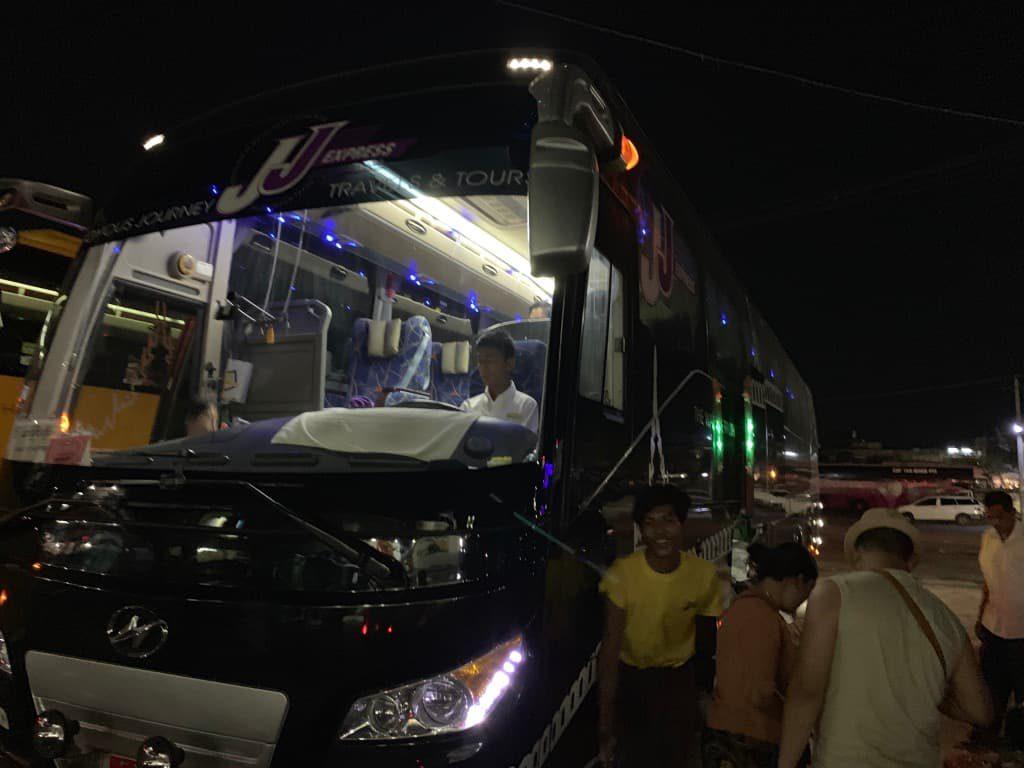 JJExpressバス