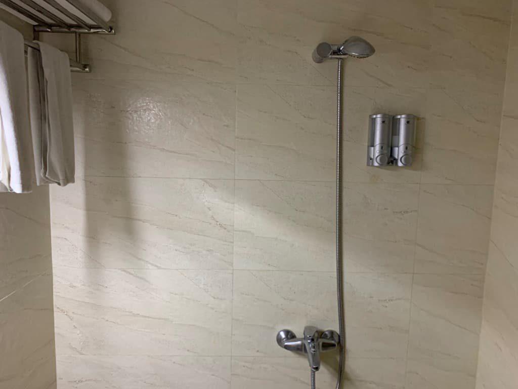 マーチャントアートブティックホテル シャワー