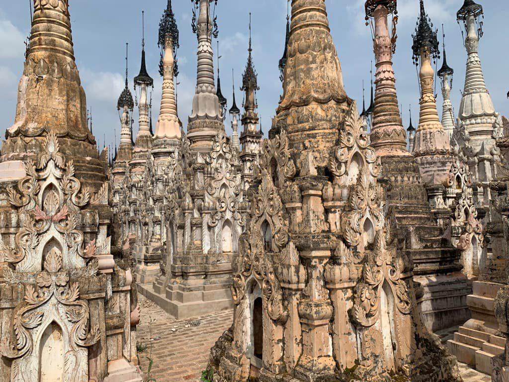 カックー遺跡 仏塔