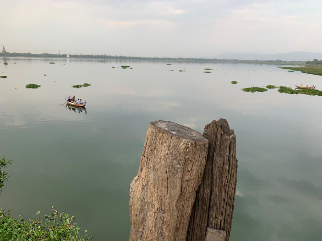 タウンタマン湖