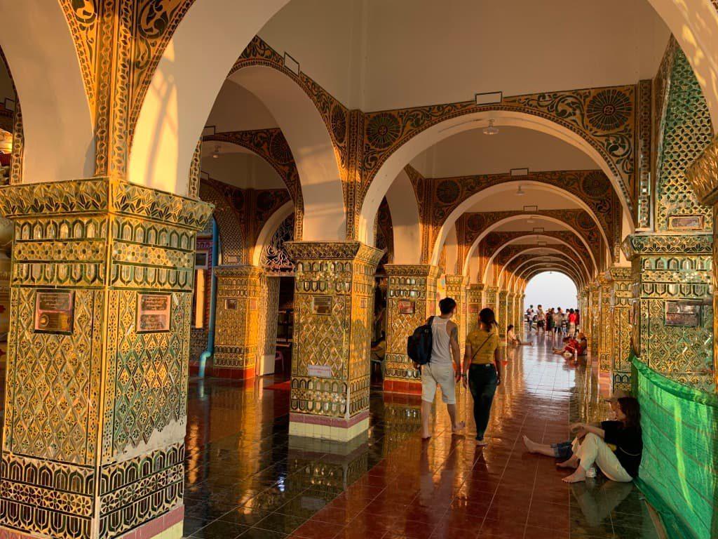 マンダレーヒル 寺院