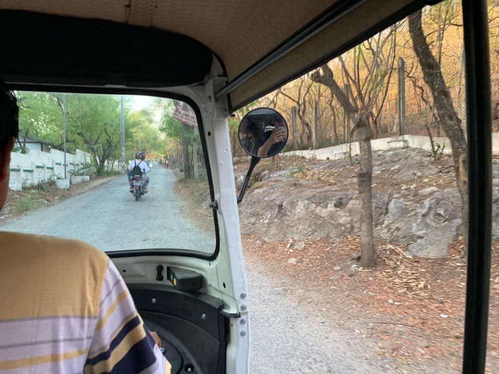 マンダレーヒル タクシー