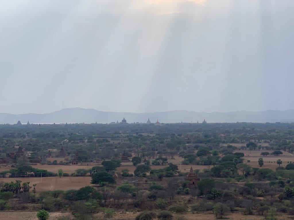 バガンタワー 眺望