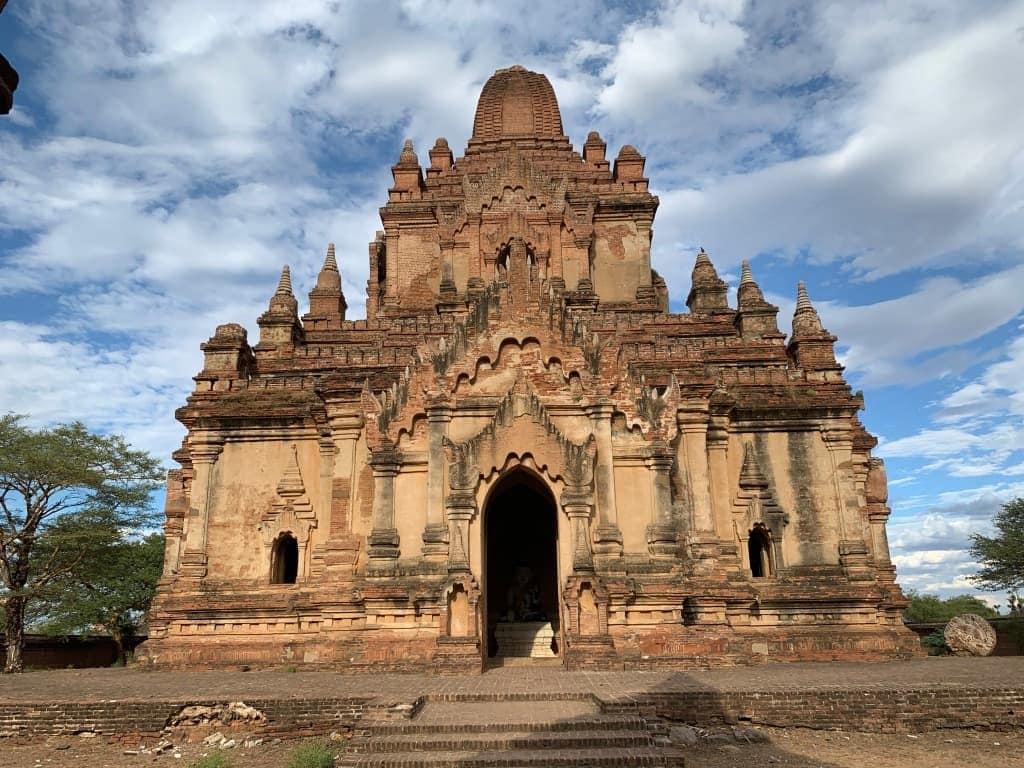 バガン名も無き寺院