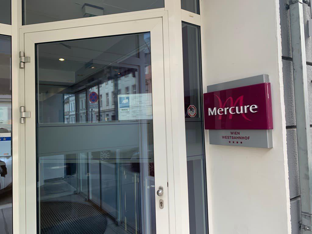 Hotel Mercure入口