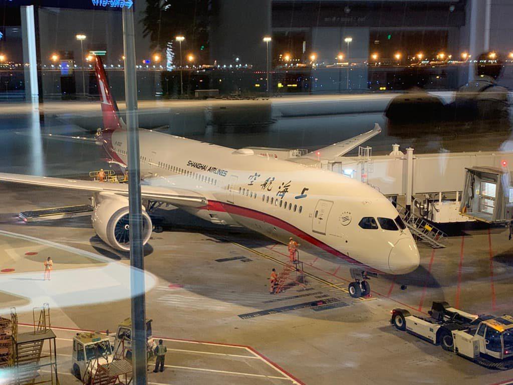 上海航空機