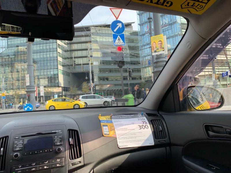 ブダペスト タクシー