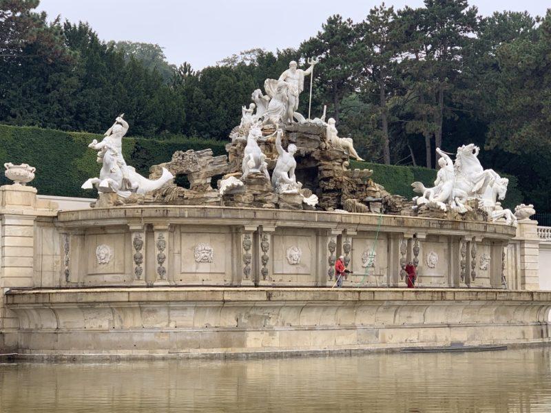 シェーンブルン宮殿 噴水