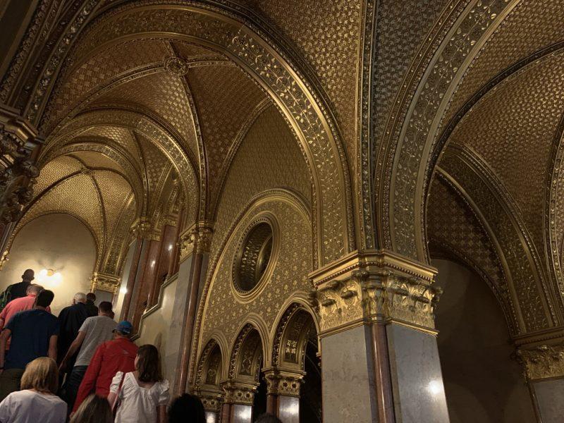 ハンガリー国会議事堂内部