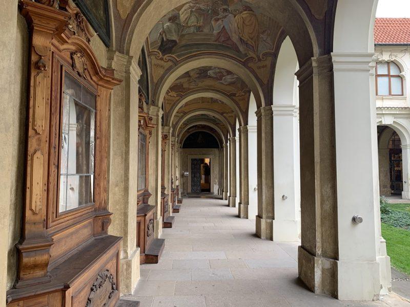 ロレッタ教会回廊