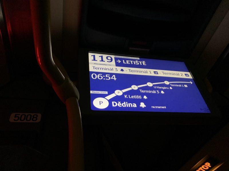 プラハバス車内電子案内板