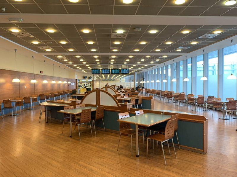 プラハ空港レストラン