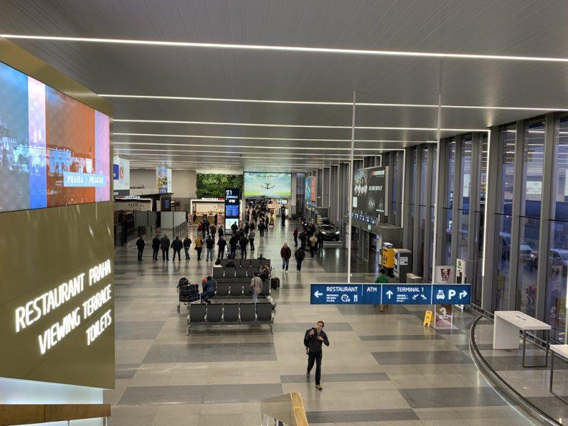 プラハ空港内部