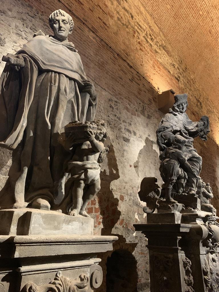 本物のカレル橋聖人像